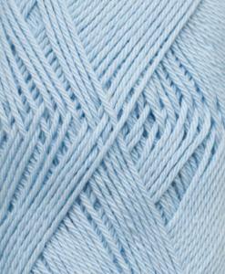 Tilda färg Babyblå - 572 Garntorget är ett mycket populärt blandgarn med kvalitéten 50% Bomull och 50% Akryl. Du kan använda Tilda-garn till att sticka allt möjligt. Till exempel mössor, koftor och babyplagg. Dessutom är garnet slitstarkt och ger dig därmed en lång hållbarhet.Tilda är ett mycket omtyckt garn som funnits i 25 år.Passar lika bra till stickning som virkning. Storlek på nystan: 50 gram= 150m. Rekommenderade stickor: 3½ mmMasktäthet: 10 x 10 cm= 26m x 35vMaskintvätt 40° skontvätt, plantorkning. Garn Tilda från Svarta Fåret är ett härligt blandgarn i bomull och akryl. Vilket gör att garnet blir mjukt och slitstarkt! Tilda är ett garn som passar bra som virkgarn och stickgarn. Barnkläder blir fina i detta mjuka garn och tjockleken på garnet gör det lämligt till figurvirkning. Tilda finns i många färge