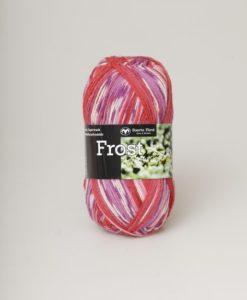 Frost Multi Rosa/Röd/Lila - 653. Garntorget Svarta Fåret 75% Superwash ull / 25% polyamid. Sticka raggsockor fingervantar, torgvantar,tröja, kofta, babytröja, damkofta, damväst,sjal, barntröja, babyfilt.Raggsocksgarnet. Frost är ett ullgarn från Svarta Fåret som är mjukt och slitstarkt och som passar utmärkt till raggsockor, mössor och kläder. Det finns i en bred färgskala av både melerade och solida färger.Raggsocksgarnet. Frost ullgarn kommer från Svarta Fåret och är ett mjukt, slitstarkt och ett värmande raggsocksgarn. Som passar utmärkt till stickade raggsockor. Blandningen med ull, som värmer och polyamid som gör att den färdiga raggsockan blir slitstark gör detta till ett perfekt raggsocksgarn. Frost från Svarta Fåret finns i en bred färgskala med många fina meleringar och printfärger. Frost raggsocksgarn blir väldigt fina i mönstringen vid färdig stickade raggsockor. Frost kan med fördel även stickas i mindre plagg till både vuxna, barn och baby. Eftersom Raggsocksgarnet Frost är så tunt är det perfekt att använda i kängor och skor.