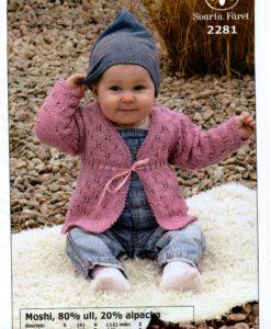 Baby tröja Moshi 80% ull 20% alpacka 2281 Svarta Fåret Storlek 3 (6) 9 (12) mån 2 4(4) år Plaggets Övervidd: 48 (51) 54 (7) 62 (67) Plaggets Hel Längd: 24 (26) 28 (31) 34 (38) cm Garnåtgång 2 (3) 3 (4) 4 (5) n.fg 40 (rosa) Stickor: Svarta Fåret 3 och 3,5 Virknål:Svarta Fåret: Tillbehör:ca 1 meter sidenband