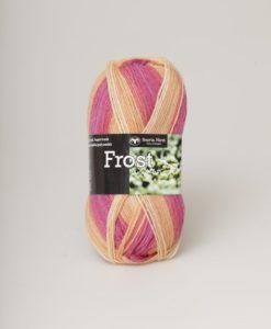Frost Multi Rosa/Aprikos - 628. Garntorget Svarta Fåret 75% Superwash ull / 25% polyamid. Sticka raggsockor fingervantar, torgvantar,tröja, kofta, babytröja, damkofta, damväst,sjal, barntröja, babyfilt.Raggsocksgarnet. Frost är ett ullgarn från Svarta Fåret som är mjukt och slitstarkt och som passar utmärkt till raggsockor, mössor och kläder. Det finns i en bred färgskala av både melerade och solida färger.Raggsocksgarnet. Frost ullgarn kommer från Svarta Fåret och är ett mjukt, slitstarkt och ett värmande raggsocksgarn. Som passar utmärkt till stickade raggsockor. Blandningen med ull, som värmer och polyamid som gör att den färdiga raggsockan blir slitstark gör detta till ett perfekt raggsocksgarn. Frost från Svarta Fåret finns i en bred färgskala med många fina meleringar och printfärger. Frost raggsocksgarn blir väldigt fina i mönstringen vid färdig stickade raggsockor. Frost kan med fördel även stickas i mindre plagg till både vuxna, barn och baby. Eftersom Raggsocksgarnet Frost är så tunt är det perfekt att använda i kängor och skor.