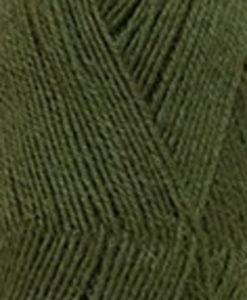 Frost Olivgrön - 484 Svarta Fåret. Frost 75% Superwash ull / 25% polyamid,sticka raggsockor, fingervantar, torgvantar, tröja. Kofta, babytröja, damkofta, damväst, sjal, barntröja, babyfilt.