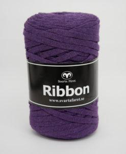 Garntorget Svarta Fåret Ribbon Mörklila – 63