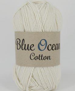 Kvalitet 30% bomull, 70% återvunnen polyester av PET Stickor + masktäthet St. 3,5, 26 m Storlek på nystan 50 gram = 150 m Tvättråd Skontvätt30 grader