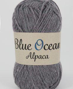 Kvalitet 30% alpacka, 70% återvunnen polyester av PET Stickor + masktäthet St. 4, 20 m Storlek på nystan 50 gram = 125 m Tvättråd Handtvätt Garnalternativ
