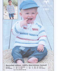 Baby Pippitröja Recycled Cotton - 2301 - Garntorget Recycled Cotton Pippitröja baby 100% återvunnen bomull garntorget. Storlek:           3 (6) 9 (12) månader Plaggets mått. Bröstvidd:          48 (52) 56 (60) cm Hel längd:          25 (27) 29 (32) cm Ärmlängd: 15 (17) 19 (21) cm Garnåtgång:         3 (3)  4 (4) n.fg 1 (vit 04)1 1 (1) 1 (1) n.fg 2 (mörkblå 68 eller marin 67) 1 (1) 1 (1) n.fg 3 (röd 45) Stickor: Svarta Fåret 3,5 och 4 mm Rundstickor: Svarta Fåret 3,5 mm 40 cm