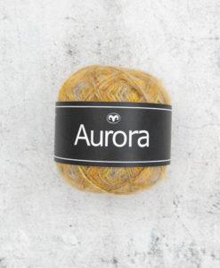 Vår nyhet för hösten! Det perfekta garnet Aurora Stjärnstoft 03 Garntorget för fluffiga, mjuka plagg i lekfulla, trendiga färger som stickarna kommer att älska. Produktionsland Turkiet Visa oss gärna dina alster i våra garner genom att använda hashtag #svartafåret i sociala medier