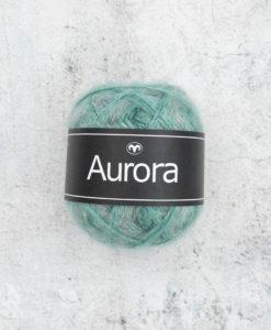 Vår nyhet för hösten! Det perfekta garnet Aurora Sockervadd 05 Garntorget för fluffiga, mjuka plagg i lekfulla, trendiga färger som stickarna kommer att älska. Produktionsland Turkiet Visa oss gärna dina alster i våra garner genom att använda hashtag #svartafåret i sociala medier